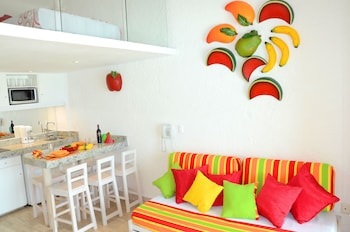 Loft, Kitchenette Ocean View upto 6 people