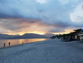 Treasure Island Hotel Pampanga Beach