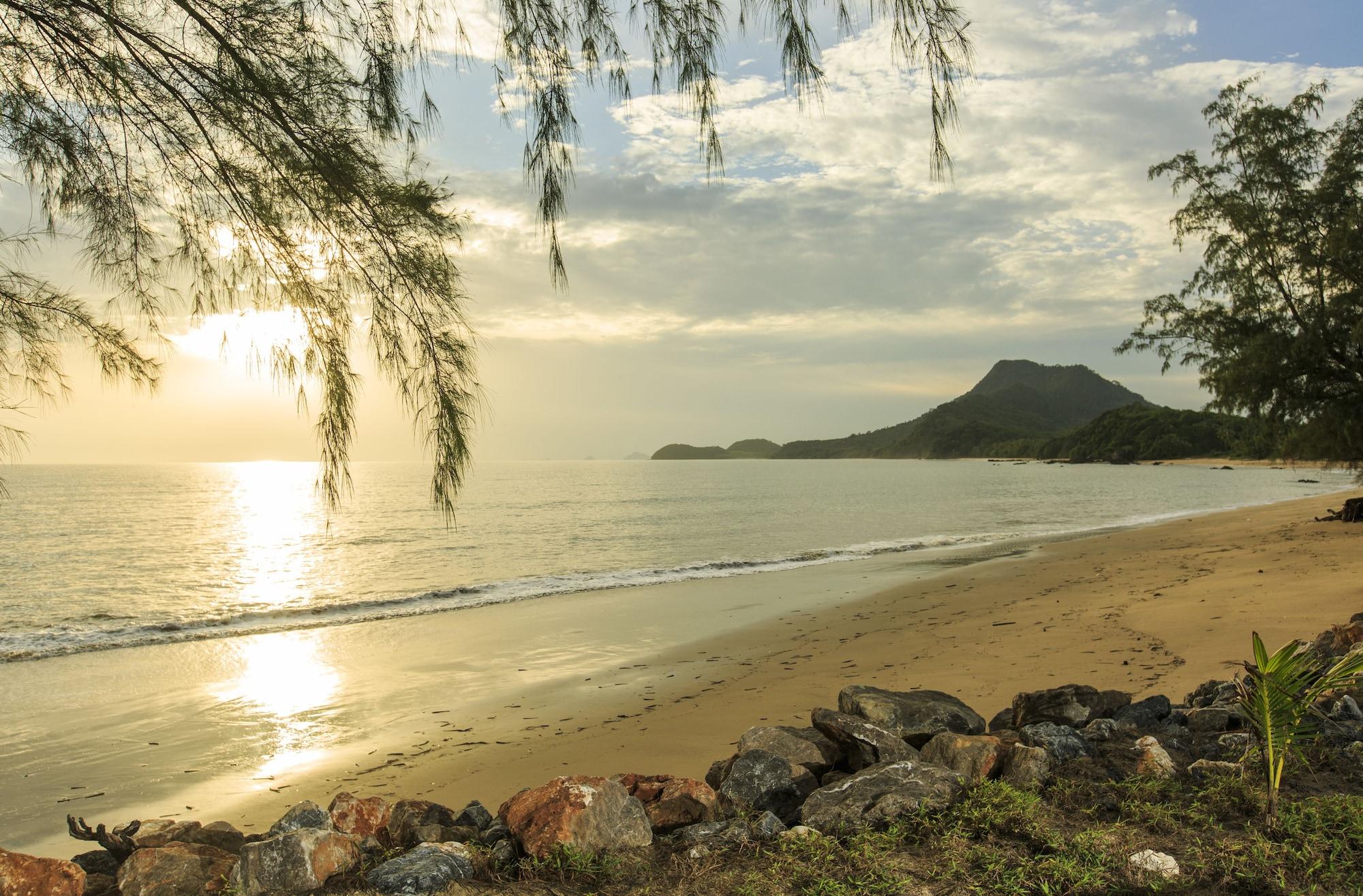 "Koh Jum Beach Villas ""A member of Secret Retreats"", Nua Khlong"