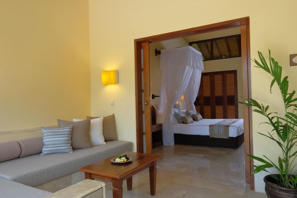 https://i.travelapi.com/hotels/10000000/9740000/9734400/9734364/1501b875_z.jpg