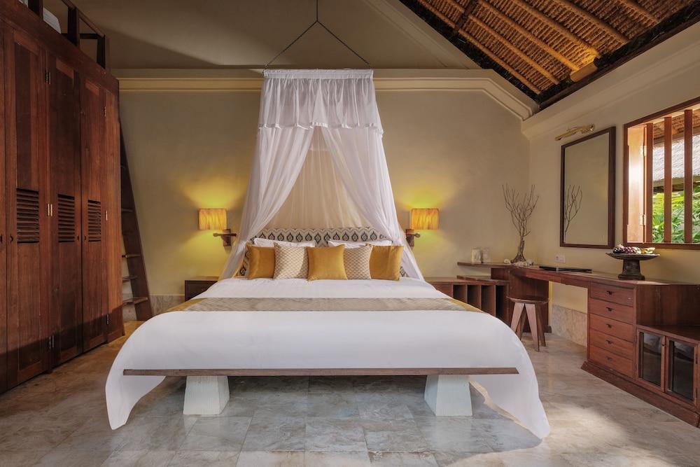 https://i.travelapi.com/hotels/10000000/9740000/9734400/9734364/a6364d7d_z.jpg