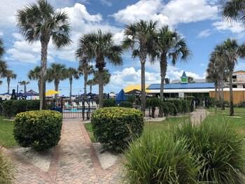 Seahorse Oceanfront Inn