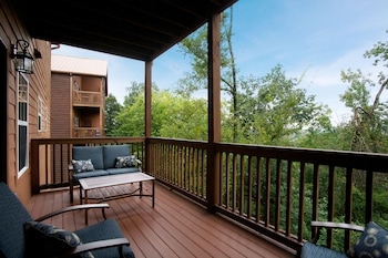 Hotel - The Lodges at the Great Smoky Mountains
