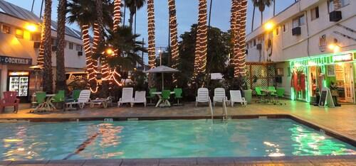 Los Angeles Backpackers Paradise Hostel, Los Angeles