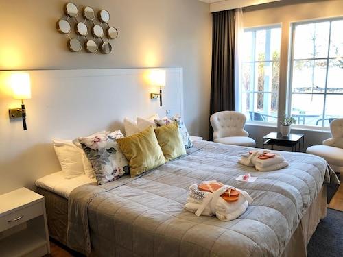 . Gränsö Slott Hotel & Spa