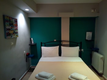 Economy Double Room (internal - no window)
