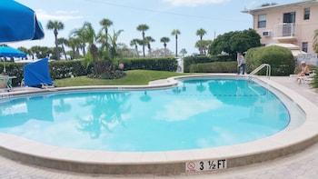 Hotel - Friendly Native Beach Resort