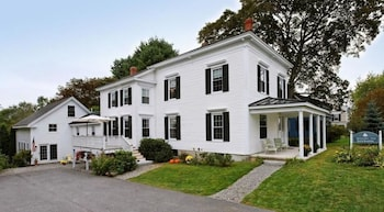 Hotel - Kennebec Inn Bed and Breakfast