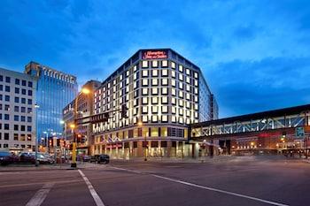 明尼亞波利斯市中心歡朋套房飯店 Hampton Inn & Suites Minneapolis / Downtown
