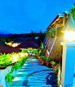 La Vista Highlands Mountain Resort San Carlos Property Grounds