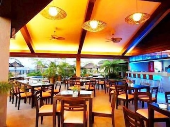 La Vista Highlands Mountain Resort San Carlos Restaurant