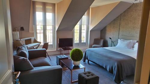 __{offers.Best_flights}__ Nouvel Hôtel
