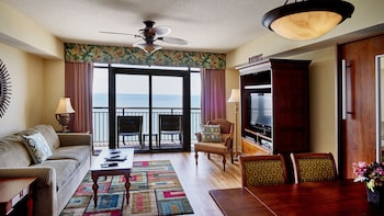 Featured Image at Island Vista Resort in Myrtle Beach