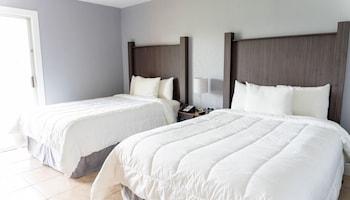 Standard Condo, 2 Bedrooms, 1 Bathroom