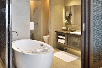 Deluxe Suite, 1 Bedroom, Non Smoking, Balcony