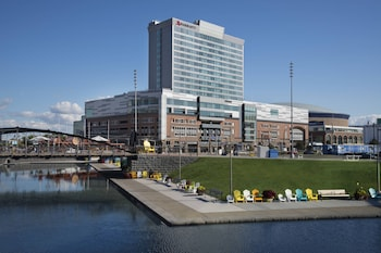 Hotel - Buffalo Marriott Harborcenter