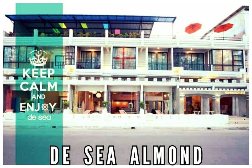 デ シー アーモンド ホテル チュムポーン