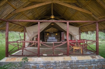 Sentrim Mara Game Lodge