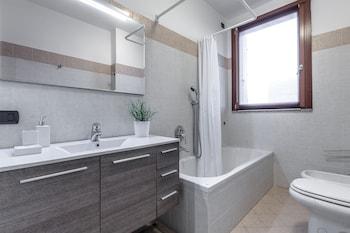 SuiteLowCost - Limbiate - Bathroom  - #0