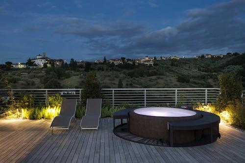 . Dame di Toscana - Residenze con vista