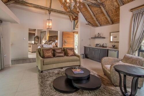 AM Lodge, Mopani