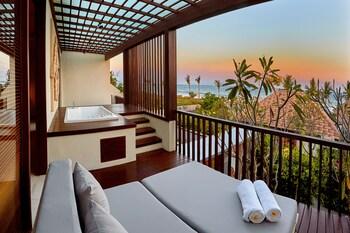 One Bedroom Ocean View Suite With Jacuzzi - Jepun
