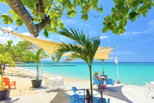. Kaz Kreol Beach Lodge & Wellness Retreat