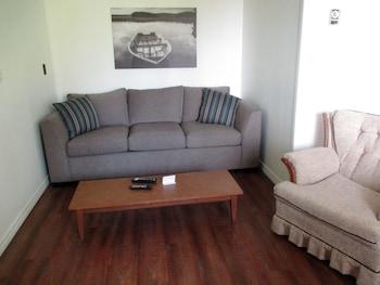Standard Suite, 1 Bedroom, Kitchenette (Birchgrove #11)