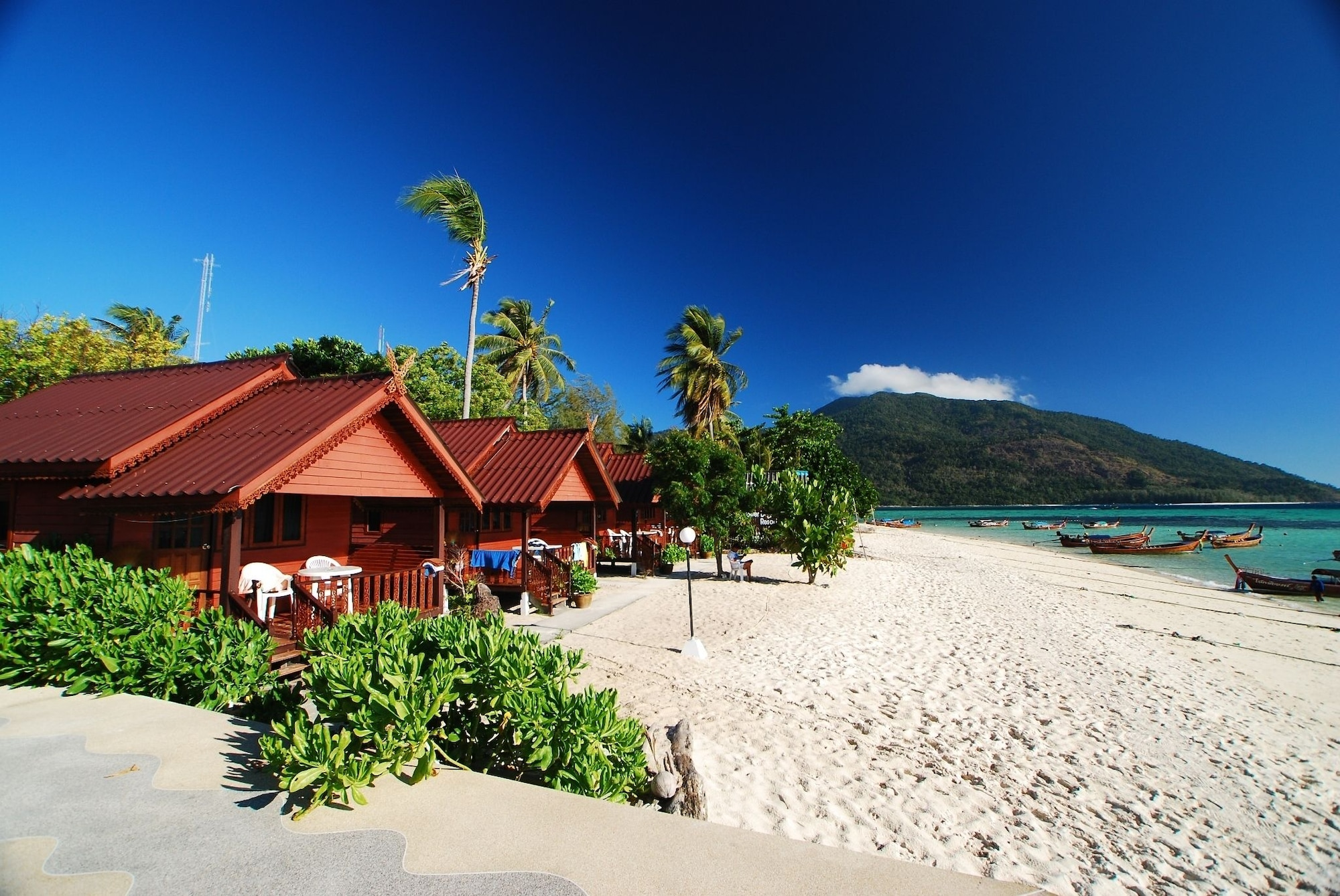 Lipe Power Beach Resort, Muang Satun