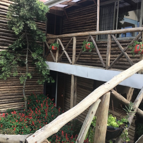 African Roots Guesthouse, Entebbe