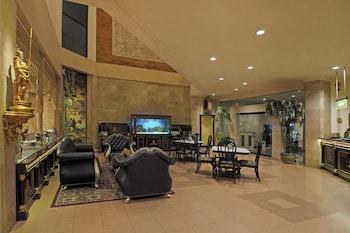 ホテル インダー パレス ソロ
