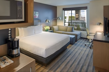 Room, 1 King Bed, View (Space Needle View)