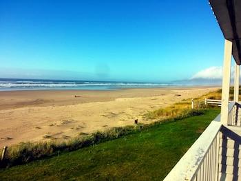Surfside Oceanfront Resort