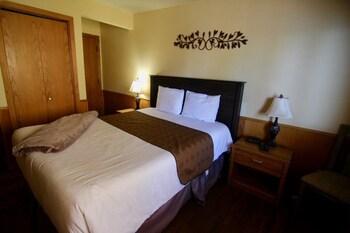 Deluxe Condo, 3 Bedrooms, Lake View