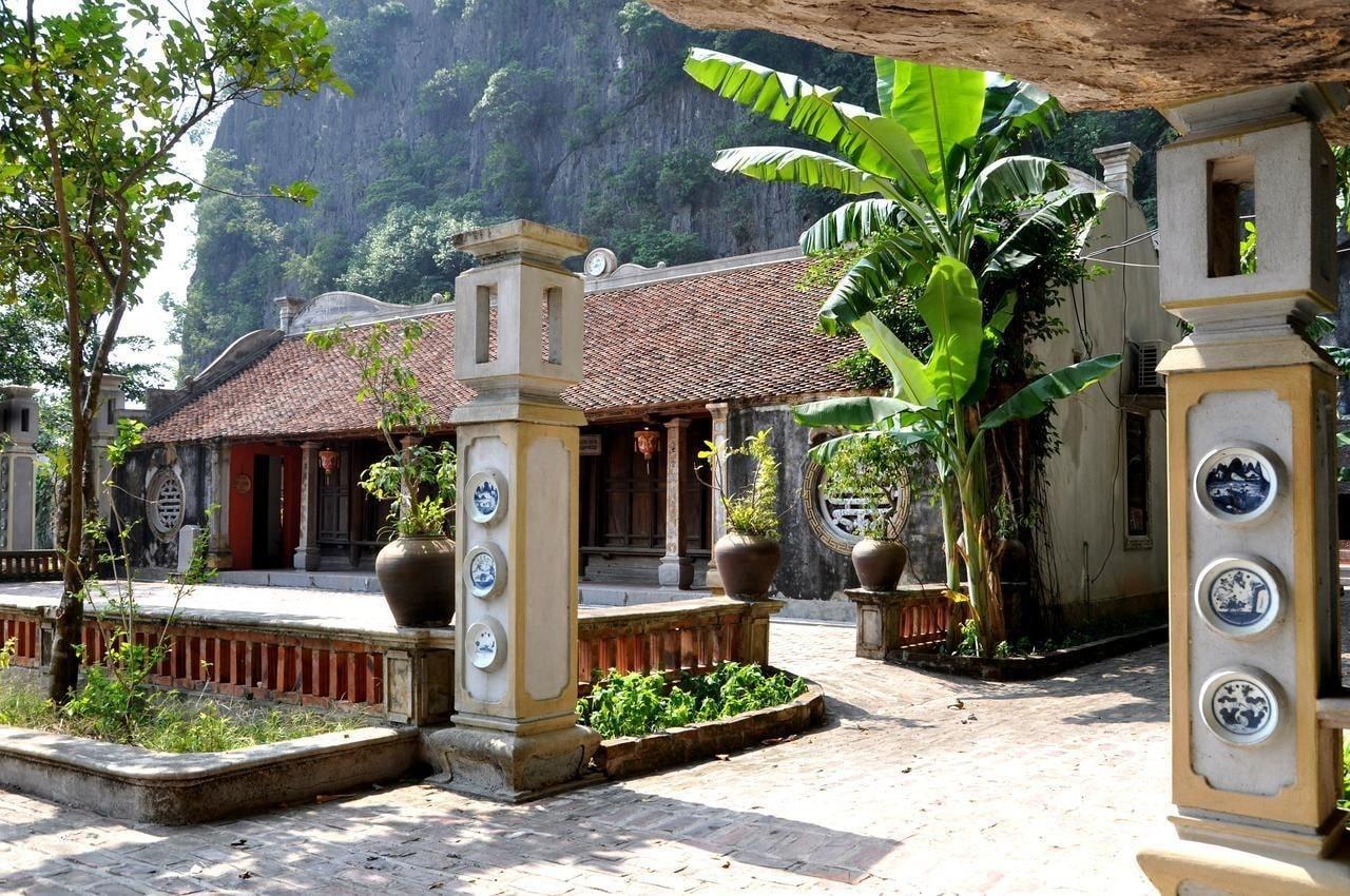 Vietnamese Ancient Village Hotel, Hoa Lư