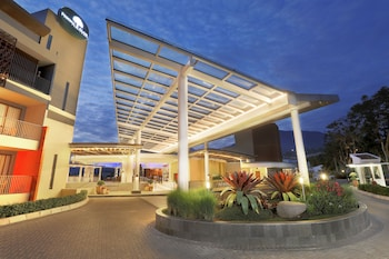 Pesona Alam Resort and Spa