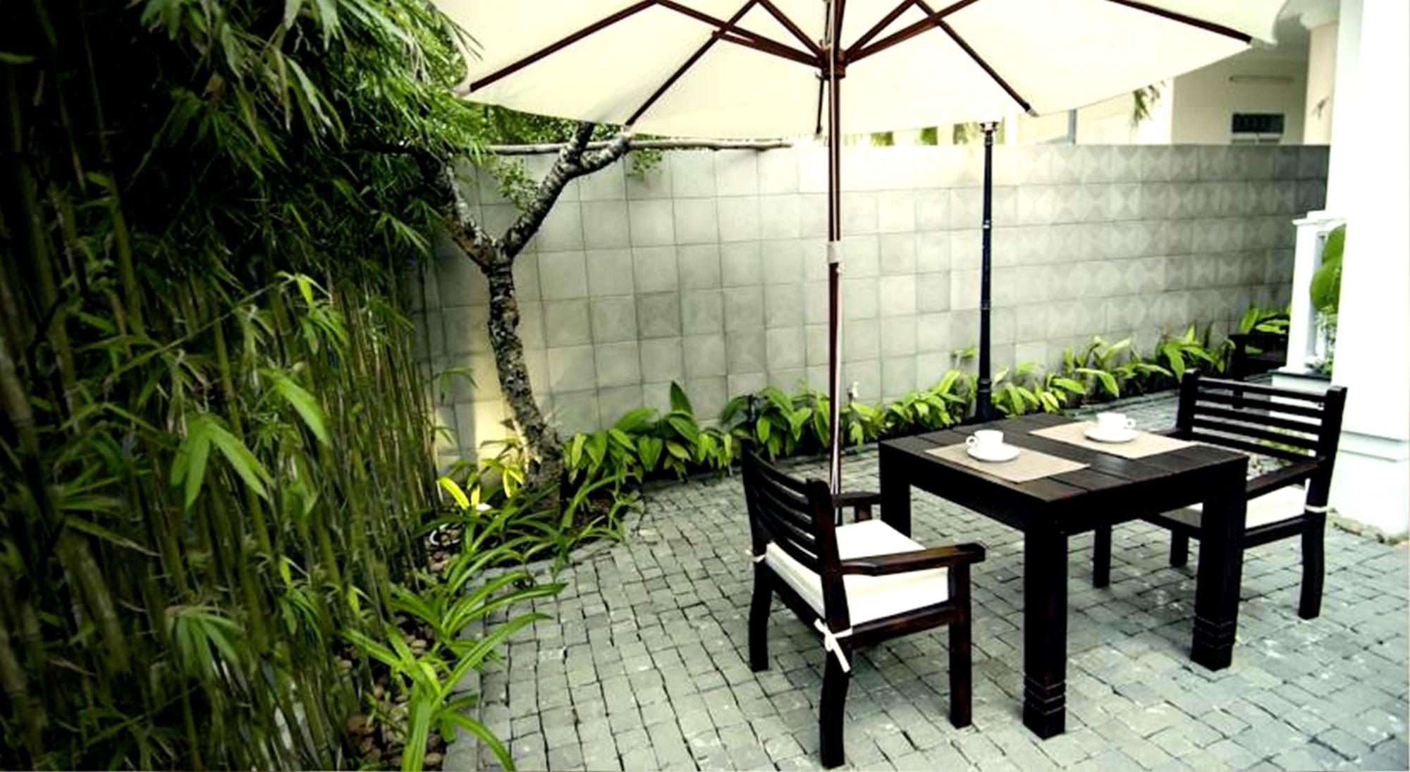 Frangipani Boutique Hotel, Sơn Trà