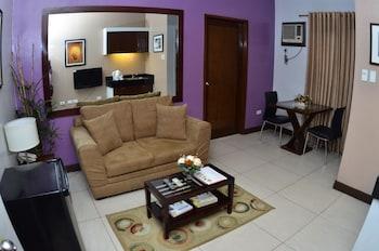 Hotel 878 Libis Guestroom View
