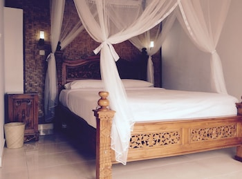 Hotel - KARANG SARI Guesthouse & Restaurant