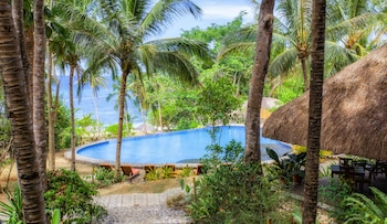 Amun Ini Beach Resort & Spa Bohol Infinity Pool