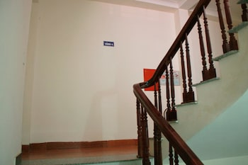 Thanh Huong Airport Hotel - Staircase  - #0