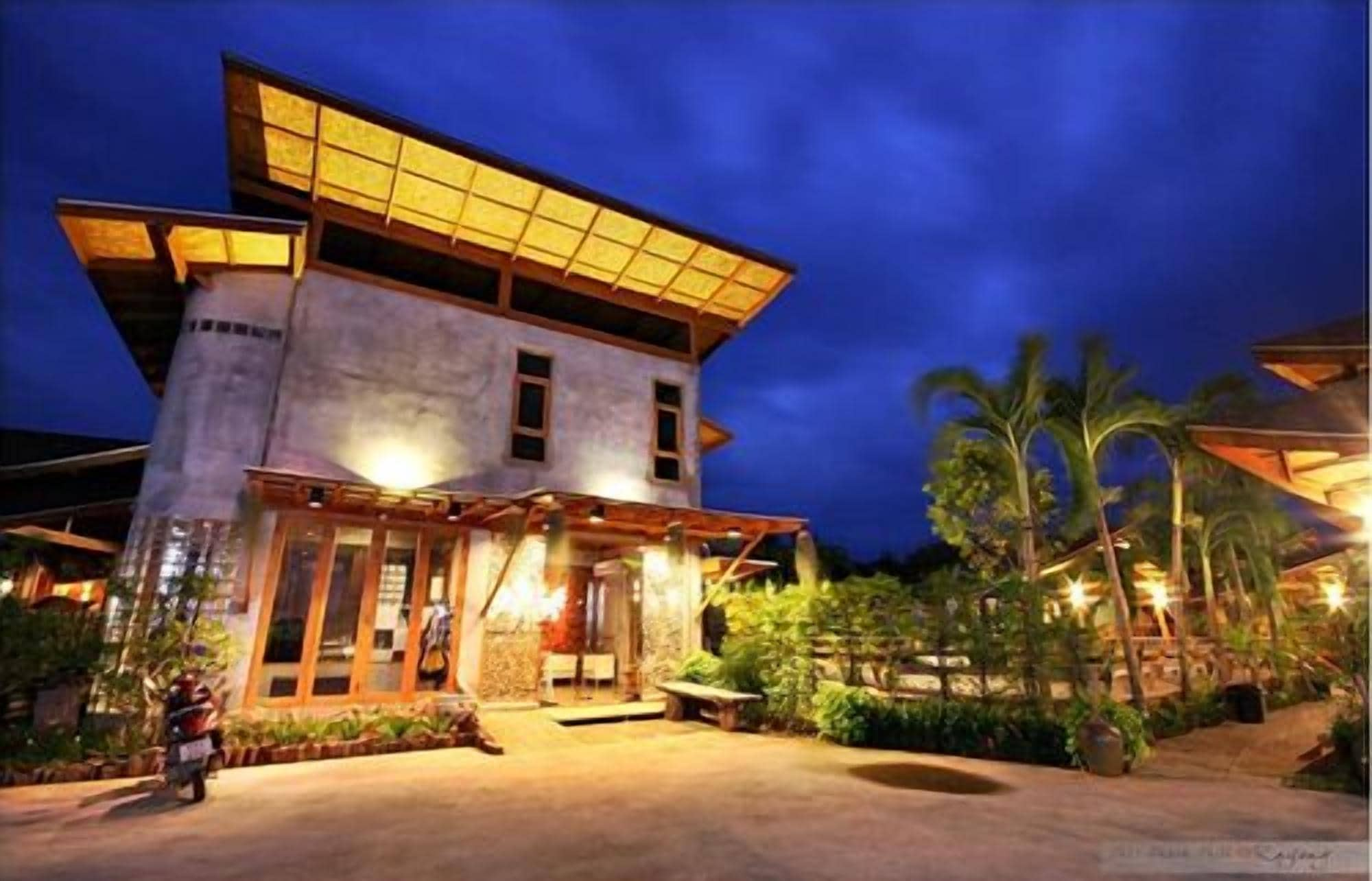 Tique Series Boutique Resort, Muang Rayong