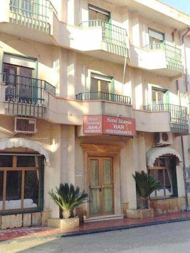 . Hotel Sicania