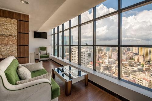 . Golden Tulip Dar Es Salaam City Center Hotel