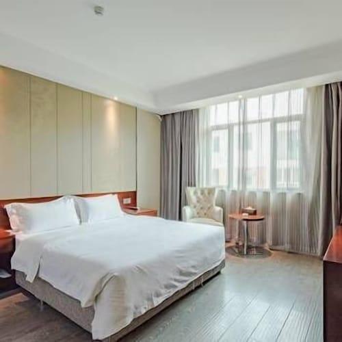 Xinyi Hotel, Chengdu