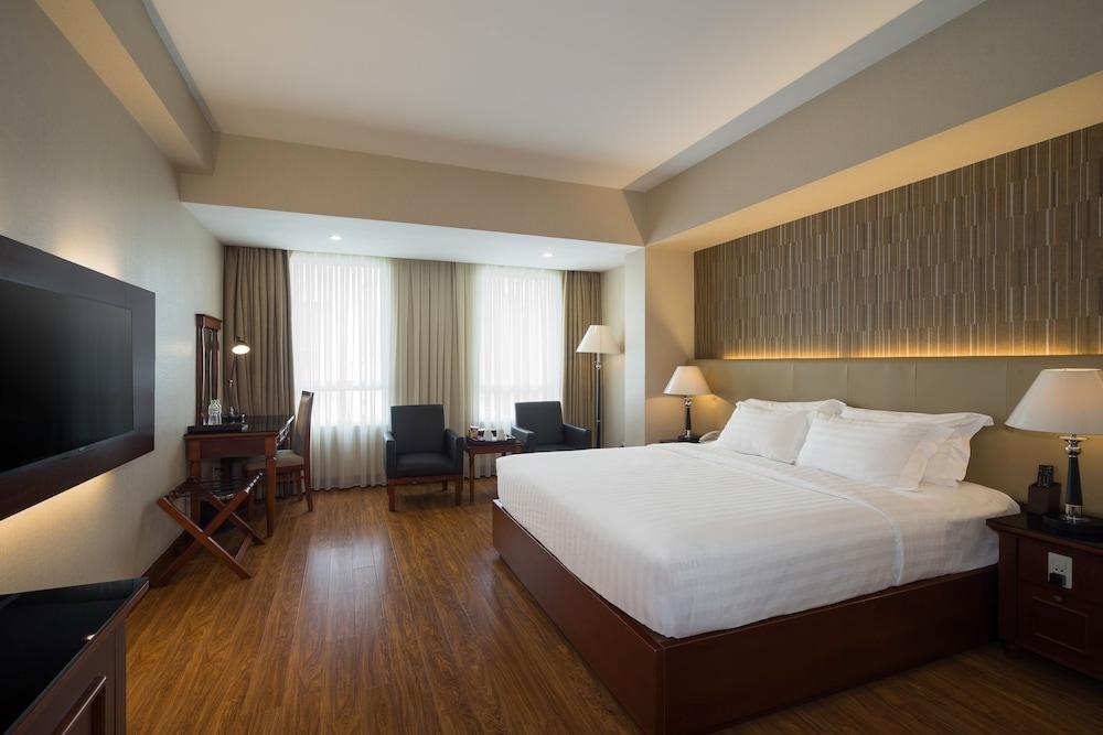 ニャット ハ 1 ホテル