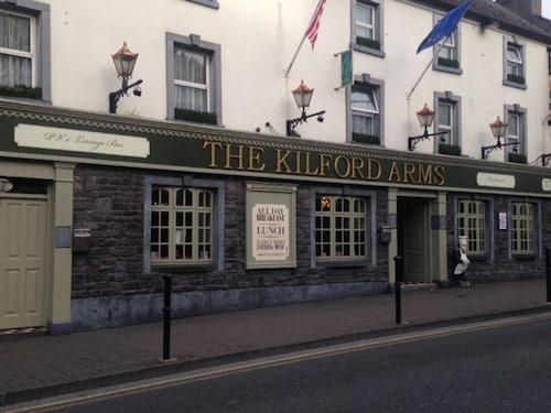 . Kilford Arms Hotel