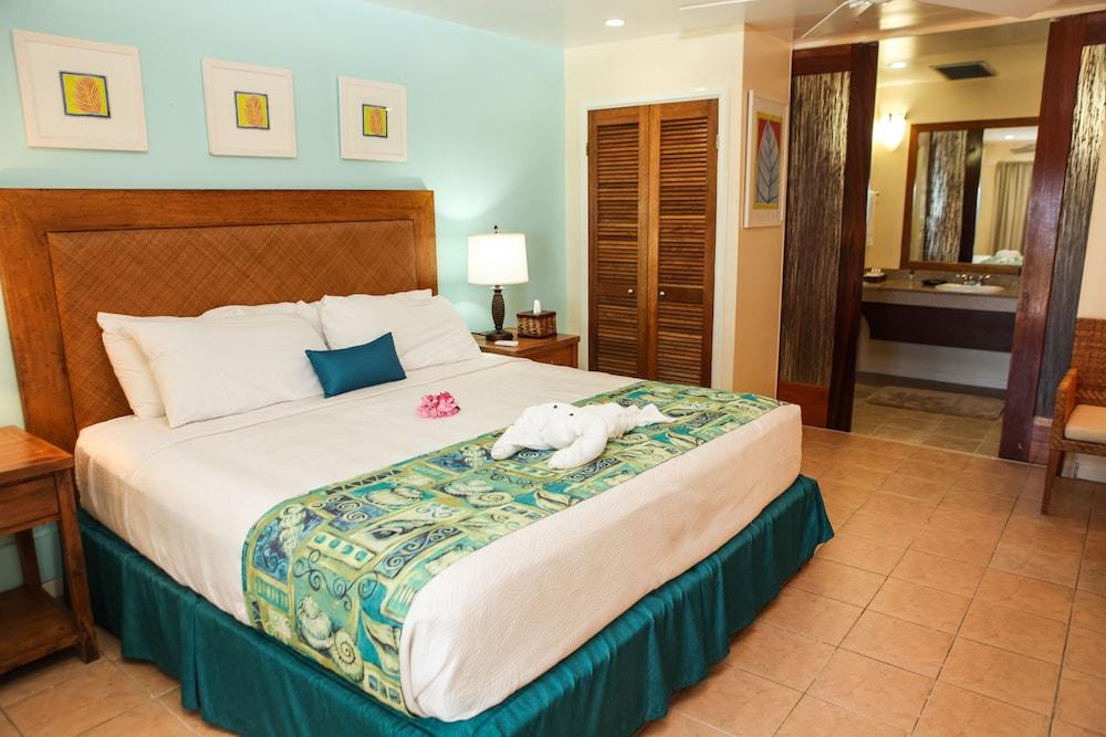 https://i.travelapi.com/hotels/10000000/9990000/9983500/9983445/060ef074_z.jpg