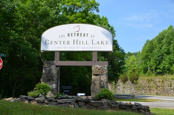 The Retreat at Center Hill Lake photo