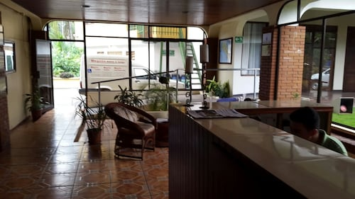 Hotel Wagelia Turrialba, Turrialba